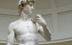 Il David di Michelangelo si è spento in solidarietà con i lavoratori della Targetti