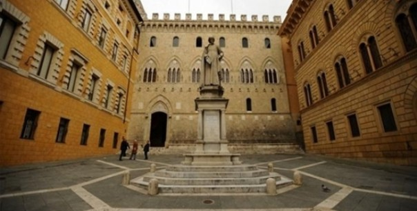 Mps, piazza Salimbeni a Siena