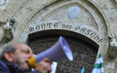 Mps, dipendenti del Consorzio in piazza contro le esternalizzazioni