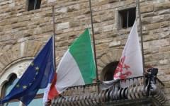 Naufragio Lampedusa, bandiere a mezz'asta a Palazzo Vecchio