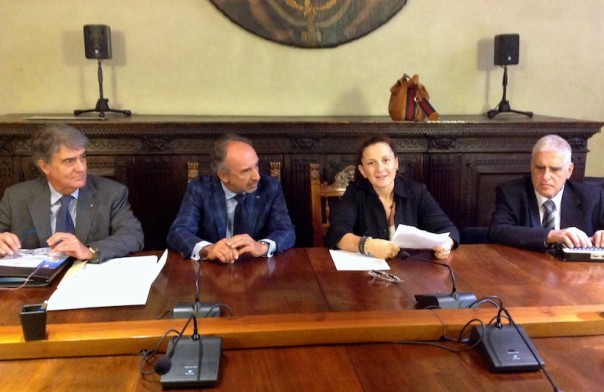 da sin. Paolo Santoro, Carlo Mazzotti, Giovanna Giachi. Antonio Quatraro alla presentazione del progetto Ambliopia
