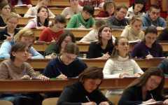 Università: meno iscritti, più laureati disoccupati