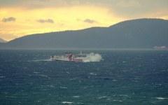Maltempo, traghetti a singhiozzo per l'Elba