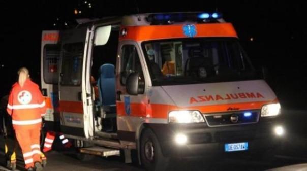 E' stato stabilizzato su un'ambulanza e trasferito nel reparto di rianimazione dell'ospedale di Arezzo