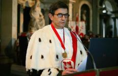 Il rettore Tesi inaugurando l'anno accademico