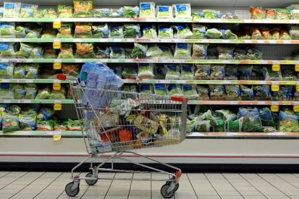 Inflazione aumenta su base annua, diminuisce su base mensile