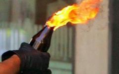 Bottiglia incendiaria in chiesa, i carabinieri fermano una donna