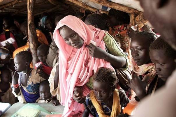 La campagna serve a raccogliere fondi per 20 milioni di donne e bambine rifugiate