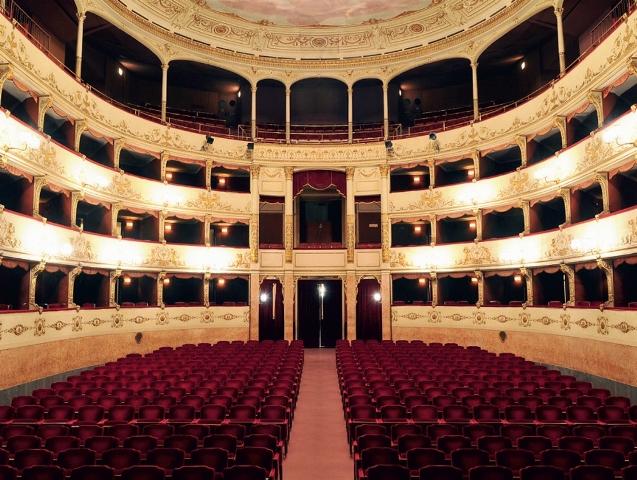 La stagione 2013-24 del Teatro della Pergola propone 18 spettacoli