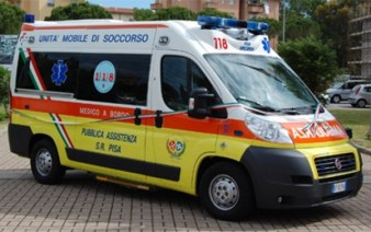 È stato trasportato dal 118 all'ospedale di Pisa dove è deceduto