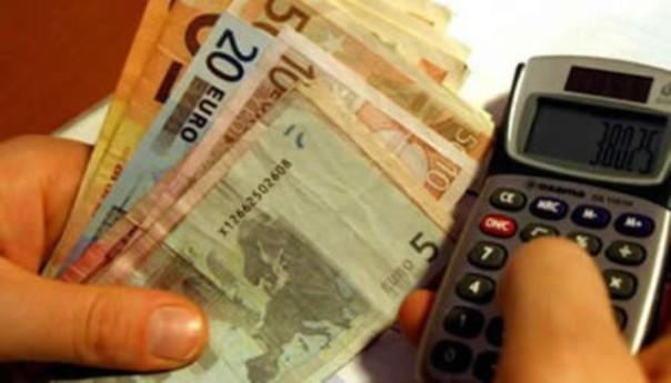 Calcolatrice alla mano, fuori i soldi per Imu e Tares