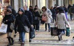 Istat, aumentano i single e raddoppiano separazioni e divorzi