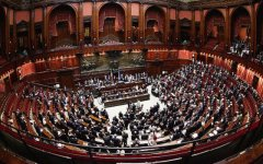 Italicum: il Governo Renzi incassa anche la seconda fiducia (350 si, 193 no, 1 astenuto)