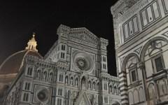 Firenze, marocchino ubriaco si denuda davanti al Duomo: denunciato