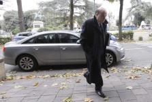 Fabrizio Viola arriva in Tribunale per il processo su Mps
