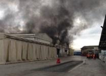 Fumo nero e incendio a Livorno