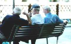 Crisi, il 37% dei pensionati italiani taglia i consumi alimentari