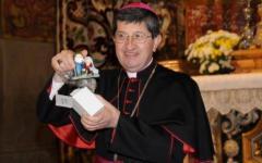 Firenze, il cardinale Betori invita i bambini a fare il presepe in casa
