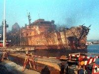 Il relitto del Moby Prince dove nel 1991 morirono bruciate 140 persone