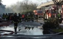 Incendio nella fabbrica di Prato, ambasciatore e console cinesi in visita all'ospedale