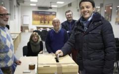 Primarie Pd, folla per Renzi al seggio di Firenze
