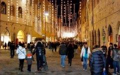 Natale, Confcommercio: 6 italiani su 10 ridurranno le spese
