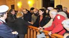 La protesta dei comitati per la casa in consiglio a Livorno