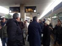 Rossi tra i pendolari di Pistoia