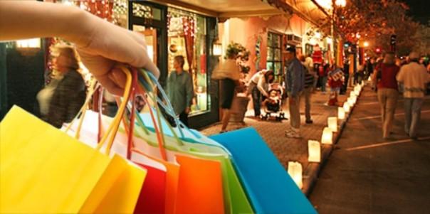 Shopping di Natale nonostante la crisi a Firenze