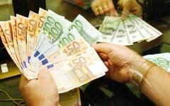 Economia, Istat: Il Pil italiano aumenta dello 0,2%, un quarto di quello della Grecia (+0,8%)