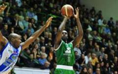 Basket: Siena vince a Sassari, per Pistoia punti salvezza
