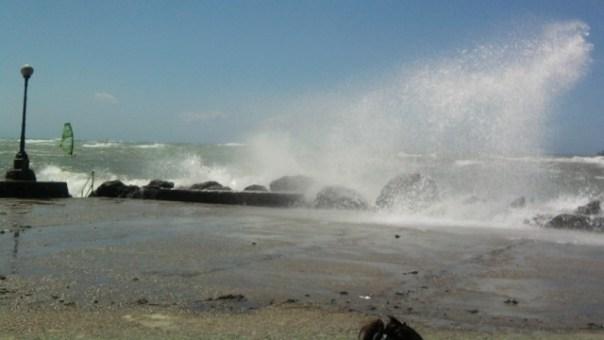Vento forte e mareggiate in Toscana