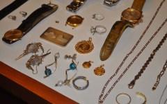 Ecco le foto di orologi e gioielli rubati: arrestata banda di albanesi