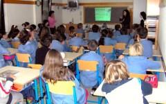 Iscrizioni a scuola solo online. Anche per chi non ha il computer