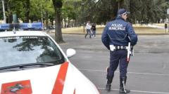 Blitz anti-prostituzione della Municipale di Prato in piazza Mercatale