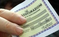Assicurazioni: dal 18 ottobre non si esporrà più il contrassegno sul parabrezza