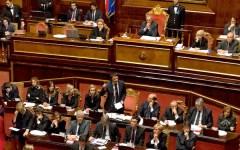 Riforma del Senato e del titolo V della Costituzione: la Camera (semivuota) approva a stretta maggioranza