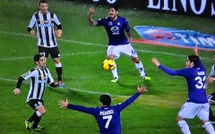 Fiorentina volitiva ma sbadata: battuta 2-1 a Udine