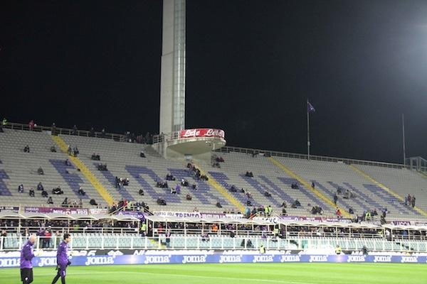 Lo stadio Franchi all'inizio della partita Fiorentina Lazio