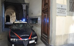 Firenze, lite in strada: pugnala al collo il rivale ma resta in libertà