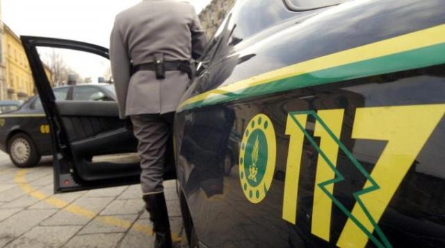 Spari contro la ditta dell'imprenditore Bacci: due arresti