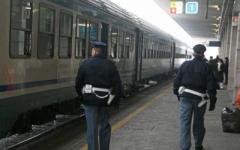 Lucca, rapina lampo appena uscito dal carcere: ripreso a Roma