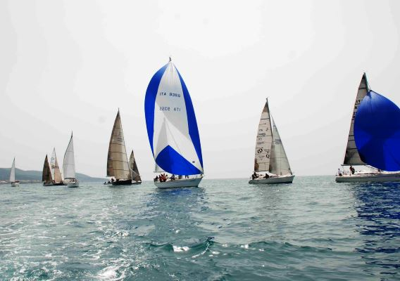 Regata barca a vela Trofeo Accademia Navale