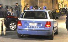 Firenze, 16 auto danneggiate sul ponte Vespucci: presi tre vandali