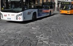 Firenze, piazza San Marco sta sprofondando nelle buche