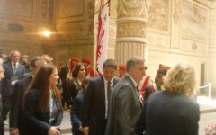 Matteo Renzi torna a Firenze e annuncia: «L'Italia vuole gli Stati Uniti d'Europa»