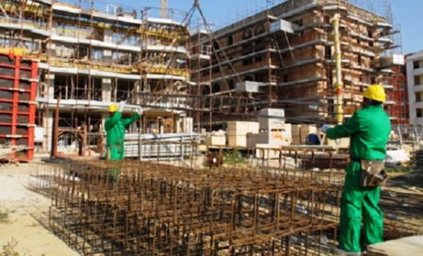 La denuncia dei sindacati: nei cantieri edili troppe partite Iva