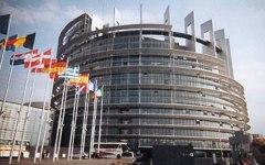 Elezioni 2014: respinti gli euroscettici. Ma occhio a Marine Le Pen e a Farange