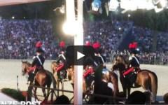 Roma, «magico» carosello dei Carabinieri a cavallo per i 200 anni dell'Arma (VIDEO)