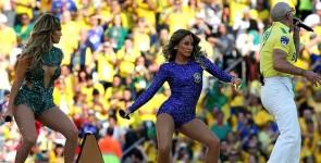 Jennifer Lopez, protagonista della cerimonia d'apertura del Mondiale brasiliano